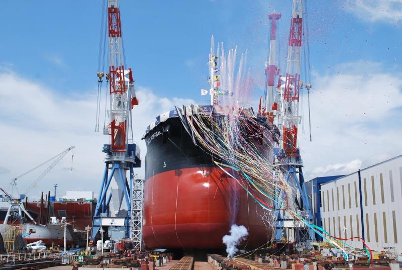 常石造船进水仪式