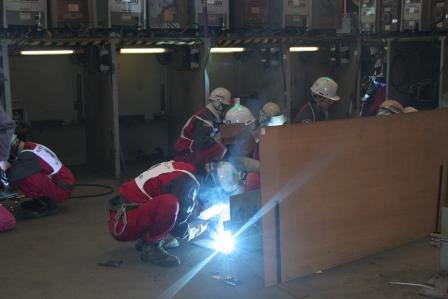 常石工厂:船段制造团体对抗赛