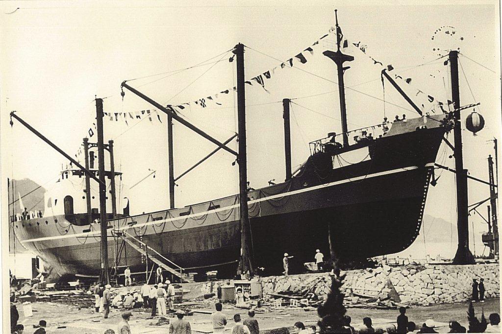 初の鋼船 美小丸