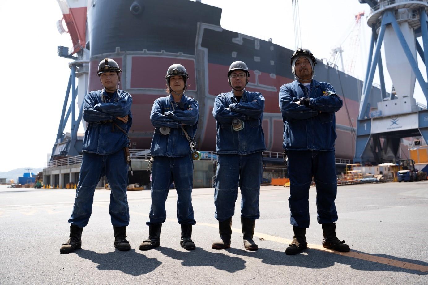 常石造船の船づくりを担う社員を支えるデニム製ユニフォーム